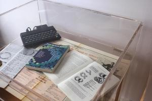 """""""Poem Code"""" para maquina Spectrum (1983) e bibliografia"""