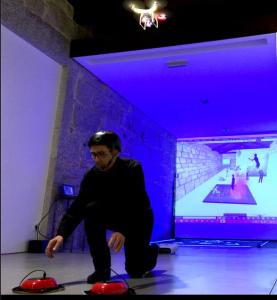 """"""" SUFOCO _ DRONE V, 2014"""", instalação e performance a 13 de Dezembro no Espaço Mira Virtual e Mira_Campanha_ Porto.© silvestre pestana"""